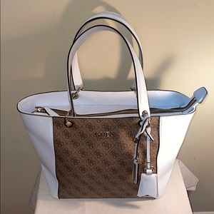 NWOT Guess color block white tote